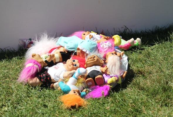 pile of trolls