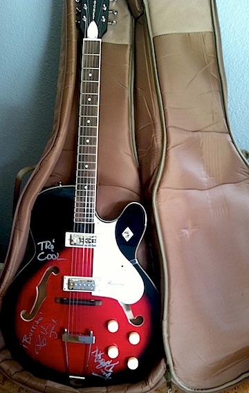 green day guitar