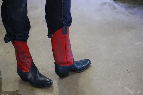 web_caregiver_Debbie_model_new_boots_from_Lisa_Stuverud_ek_IMG_3807