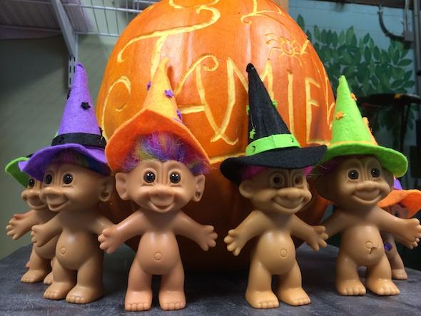 web_Jamieween_pumpkin_trolls_IMG_4968